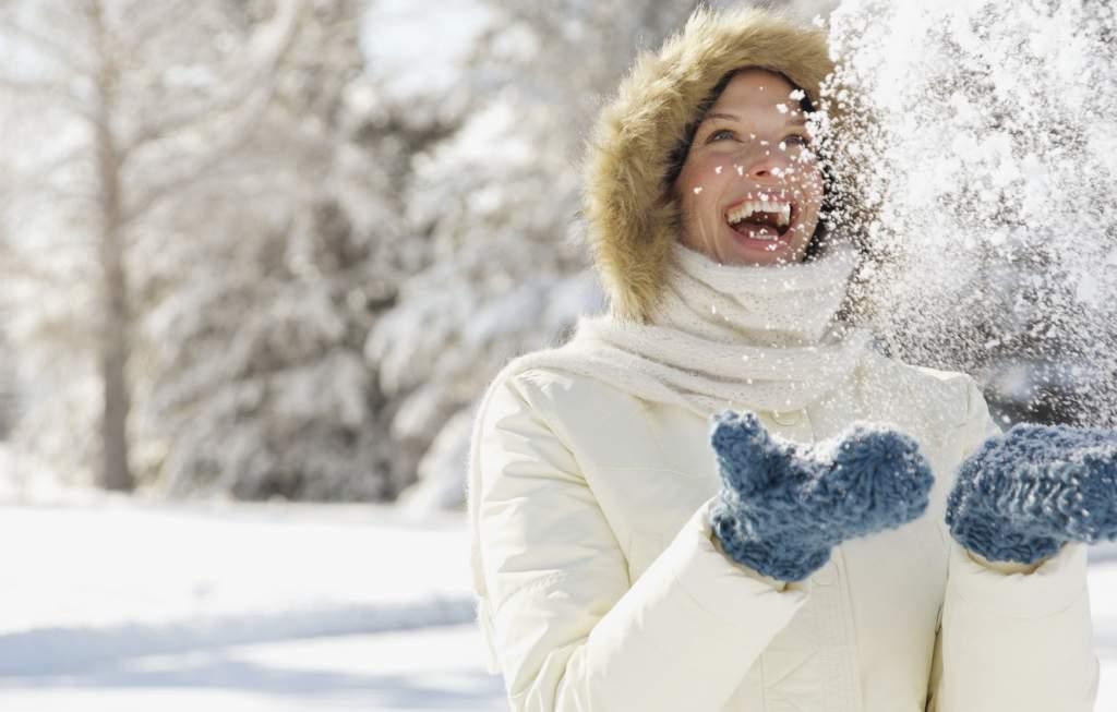 nastroeniya-devushka-sneg-zima.jpg
