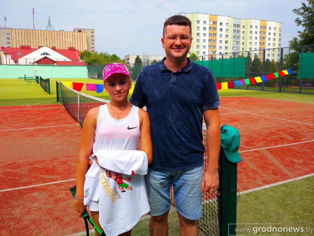 Настя и ее папа.jpg