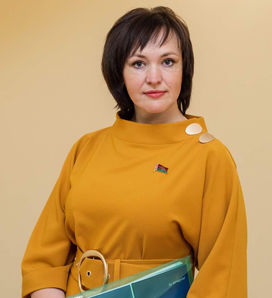 Депутат Палаты представителей Национального собрания Республики Беларусь Елена Потапова 28 июля проведет прямую линию, а 29 июля личный прием граждан