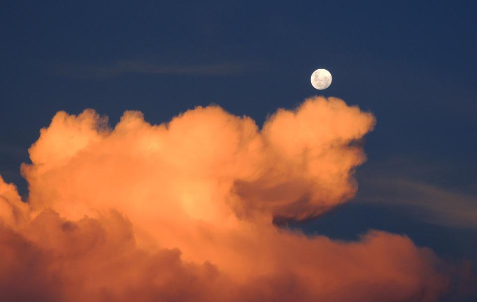 clouds-323426_960_720.jpg