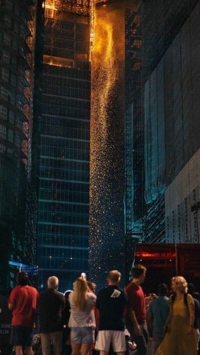 Мощный взрыв разрушил варшавский небоскреб