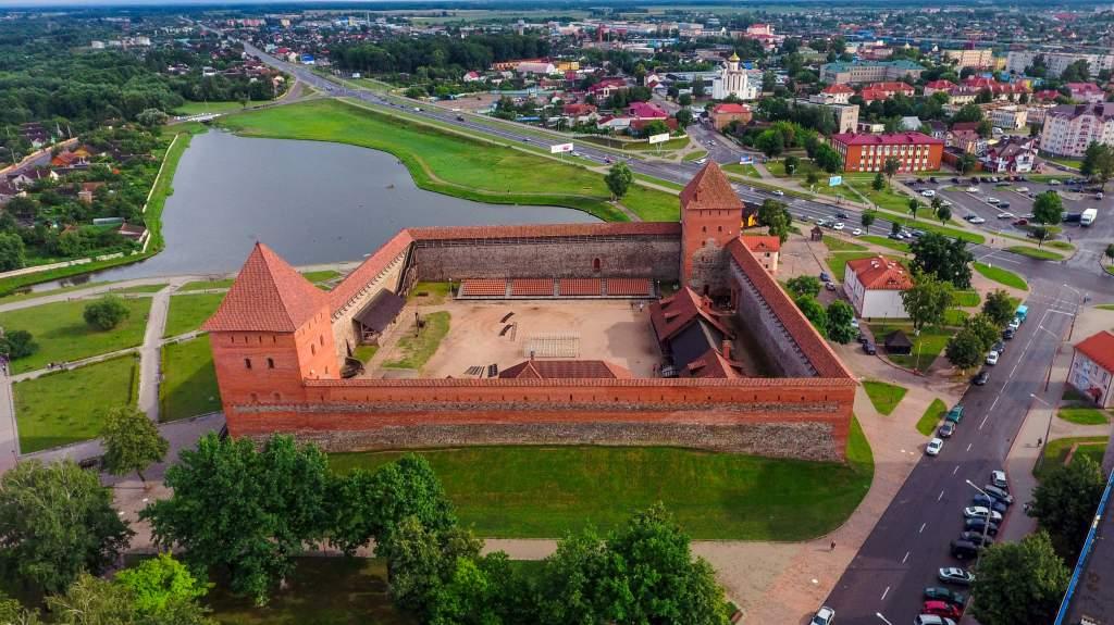 Лидский Замок (2).jpg
