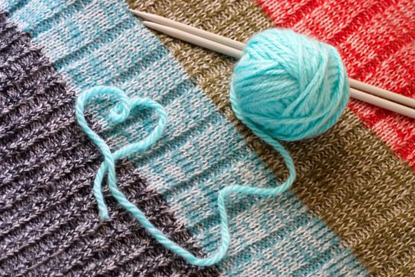depositphotos_6025883-stock-photo-knitting-hobbies-from-heart.jpg