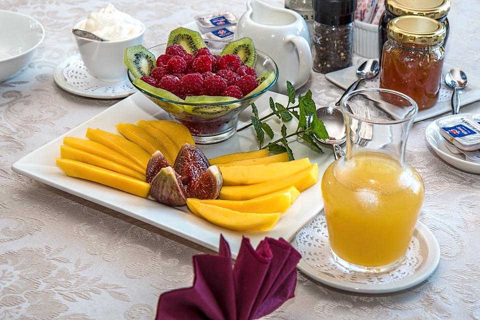 breakfast-1232620_960_720.jpg