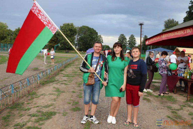Акция-концерт-За-сильную-и-процветающую-Беларусь37-795x530.jpg