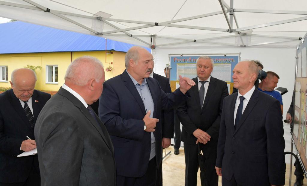 Александр Лукашенко ориентирует регионы на большую самостоятельность в заготовке кормов