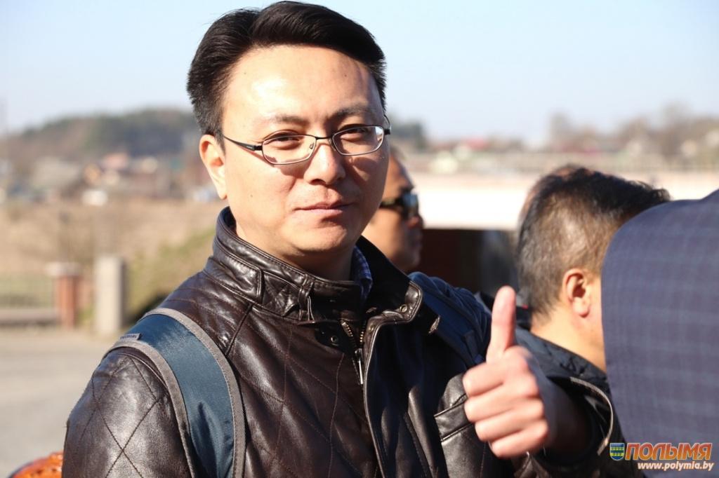 Пресс-тур_Китайцы_Китайские-журналисты_Великий-камень_Беларусь_Мир-2.jpg
