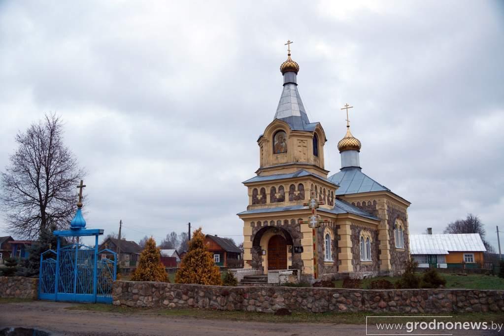 Докудово_церковь.JPG