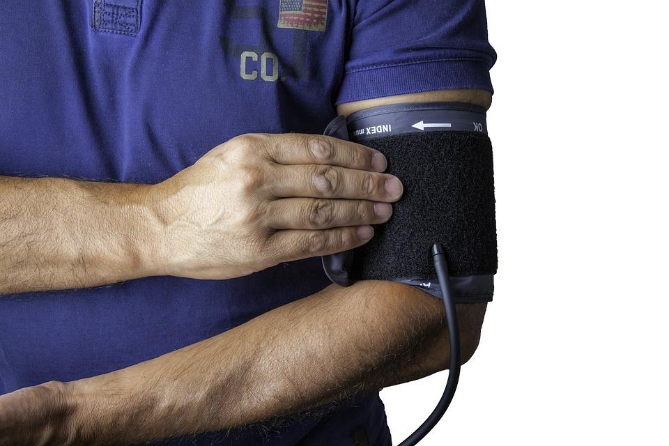 blood-pressure-monitor-1749577_960_720.jpg