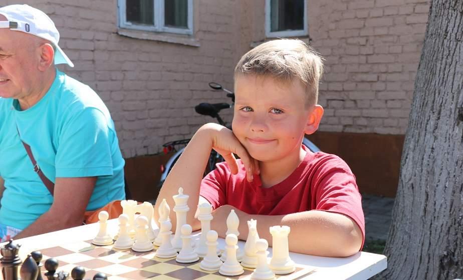 Неабыякавыя мазгавыя баталіі. У Слоніме прайшоў адкрыты турнір па шашках і шахматах