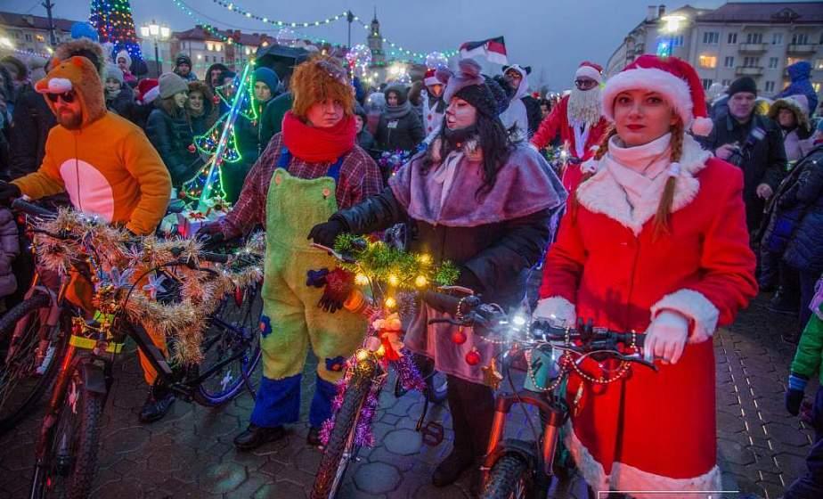 В праздники жители Гродненщины приобрели больше 120 тысяч сладких подарков и около 1000 тонн мандаринов
