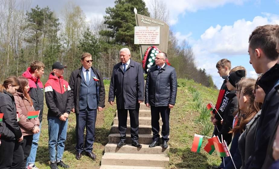 В преддверии Дня Великой Победы Лиду посетил посол Молдовы Виктор Сорочан