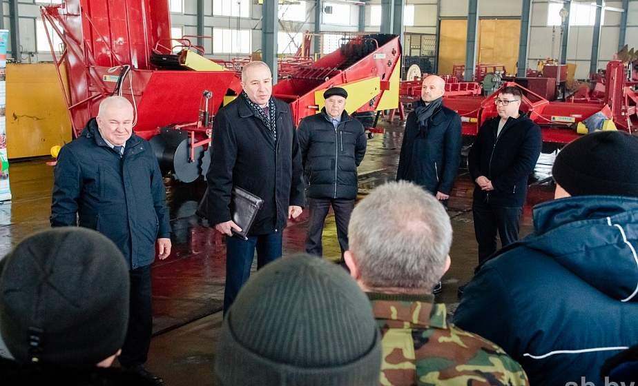 Юрий Караев в Ивье встретился с коллективом ООО «Техмаш» и провел прием граждан