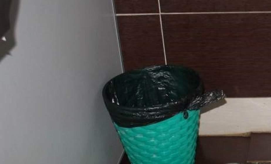 В Гродно на ж/д вокзале мужчина похитил рюкзак россиянина с документами и крупной суммой наличных