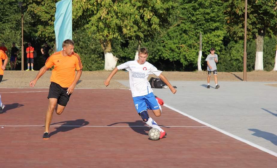 Соревнования по мини-футболу собрали болельщиков со всего Дня белорусской письменности