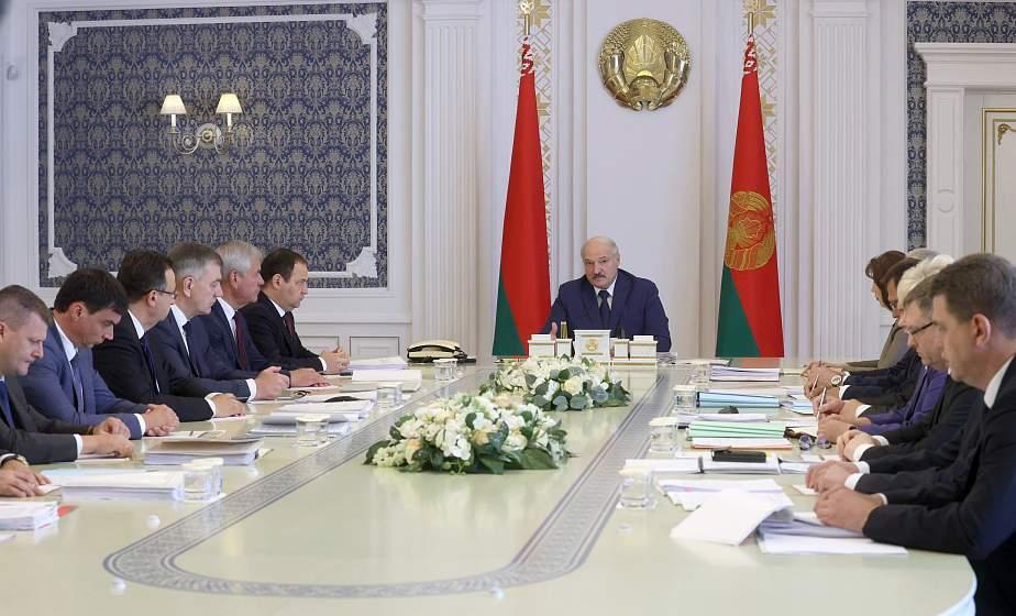 Тема недели: Александр Лукашенко собрал совещание с руководством Совмина
