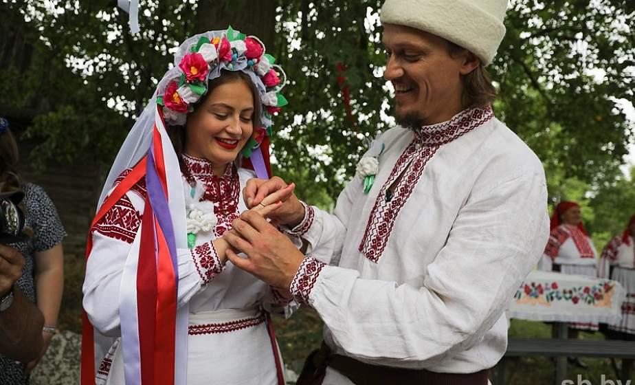 Средний возраст вступления в брак у белорусов продолжает расти, а женщины старше 40 лет стали чаще рожать