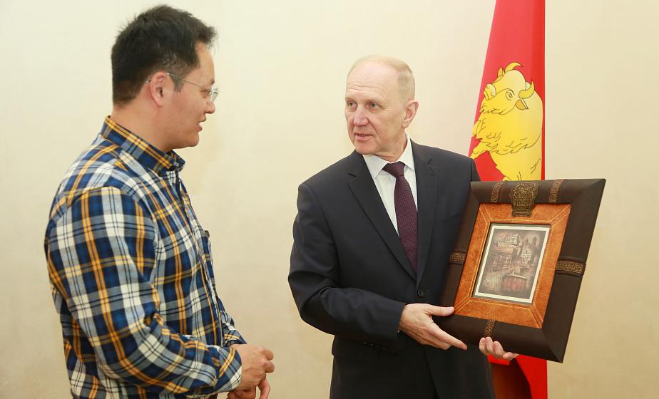 Встреча с губернатором, дегустация молочной продукции и новые впечатления о Гродненщине: продолжается пресс-тур китайских журналистов