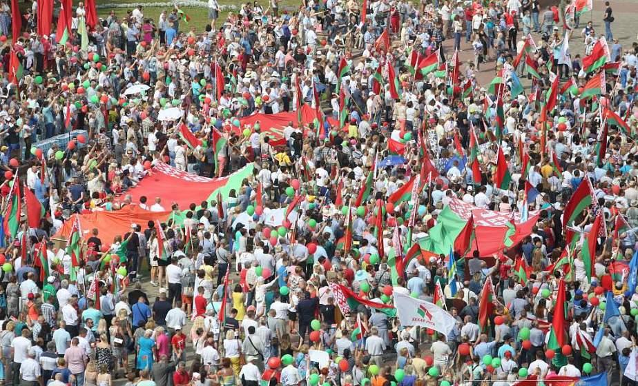 На Гродненщине проходят митинги «За Беларусь!» в поддержку мира, безопасности и спокойствия