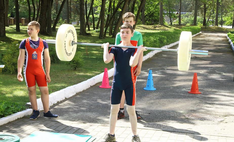 Безопасное здоровое лето. Опыт реализации летних оздоровительных проектов для детей обсудили на областном семинаре