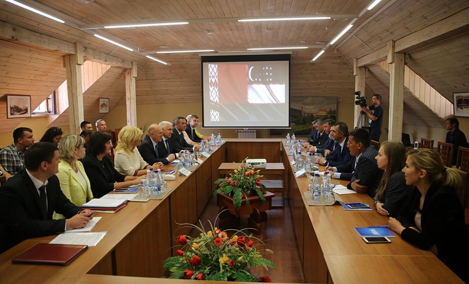 Гродненский регион и Самаркандская область подписали в Лиде дорожную карту сотрудничества
