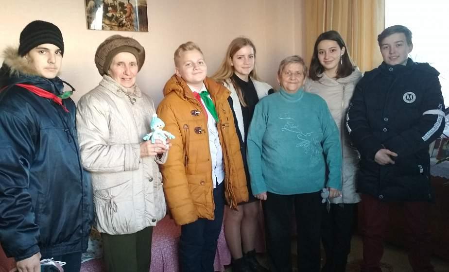 «Теплота детских сердец». Как волонтеры Малоберестовицкой школы принимали участие в благотворительной акции