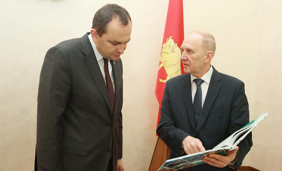 На встрече с польской делегацией в облисполкоме обсуждали вопросы приграничного сотрудничества, развития деловых и культурных связей