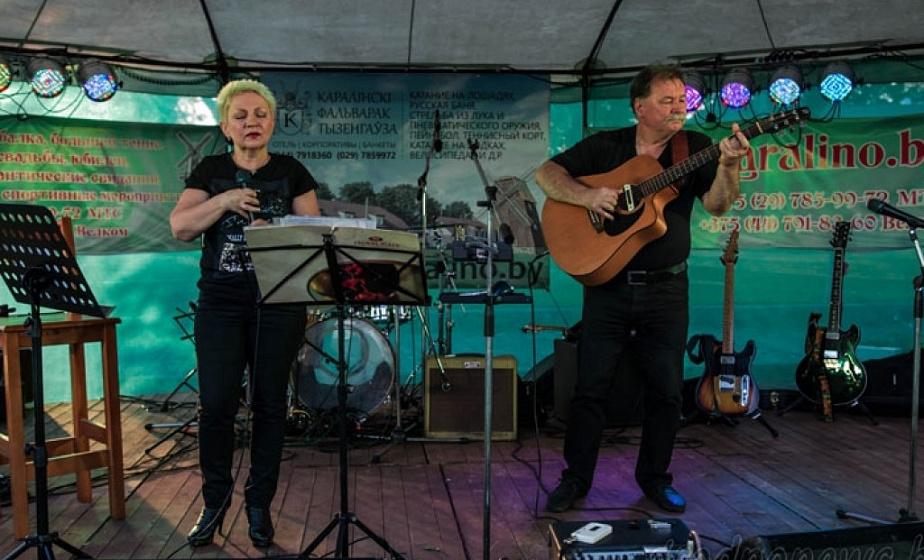 Рокабилли, блюз и рок-группа из Филадельфии. В фольварке Тизенгауза сезон открывает «АРТ-пикник» в Каролино»