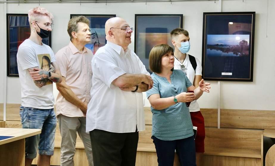 «Такое неочевидное». В Гродно открылась выставка известного белорусского фотографа Валентины Сергей