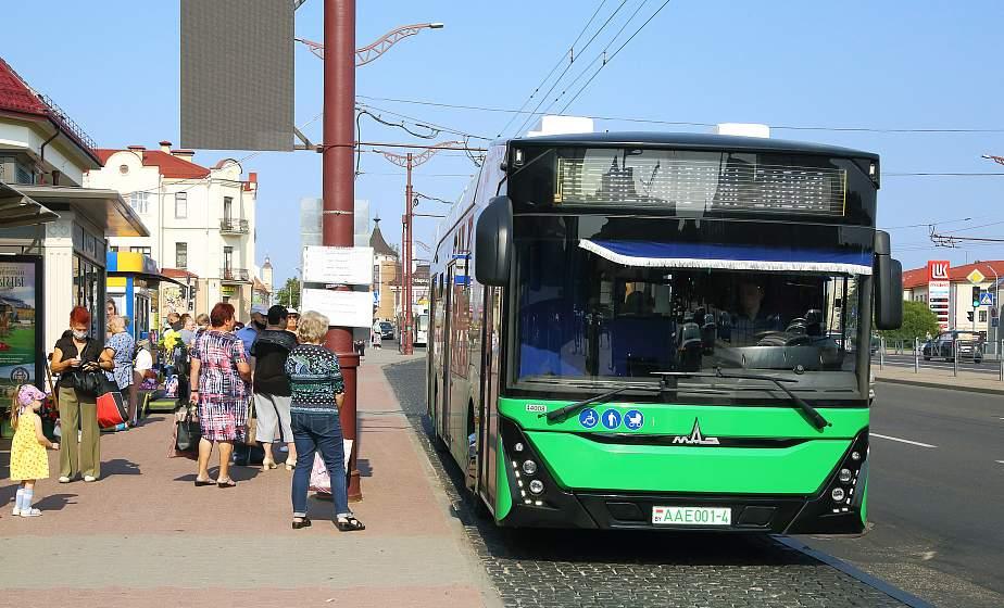 Без шума и с кондиционером в салоне. Первый в Гродно электробус успешно работает на городских маршрутах