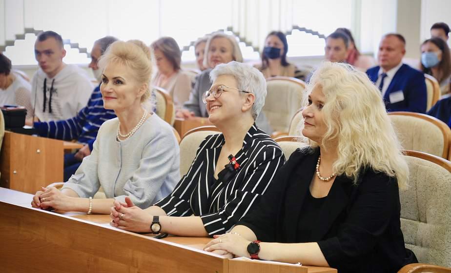 «Педагогический Оскар» вручили лучшим работникам системы образования в Гродно