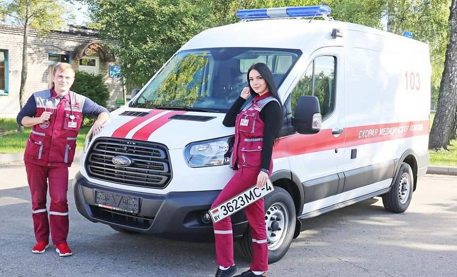 Новый реанимобиль, лапароскопический аппарат и единственный в области ФАП на колёсах: как развивается медицинская помощь на Щучинщине