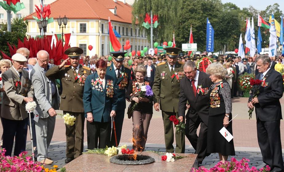 75 мирных лет в городе над Неманом. Гродно празднует день освобождения от немецко-фашистских захватчиков