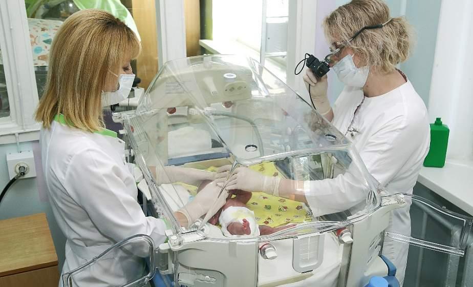 Гродненские медики в минувшем году выходили 20 детей, появившихся на свет с экстремально низкой массой тела