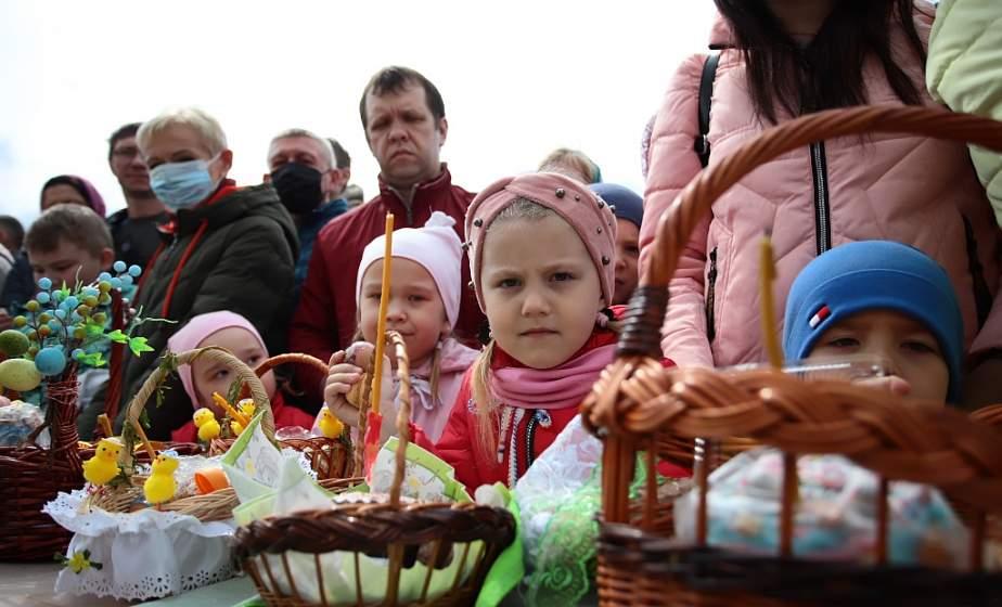 Пышные куличи, крашеные яйца и нарядные корзинки. Православные верующие готовятся к празднованию Пасхи