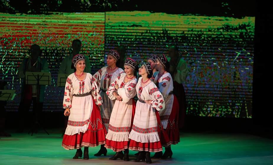 Концерт дружбы на Втором форуме регионов Беларуси и Украины