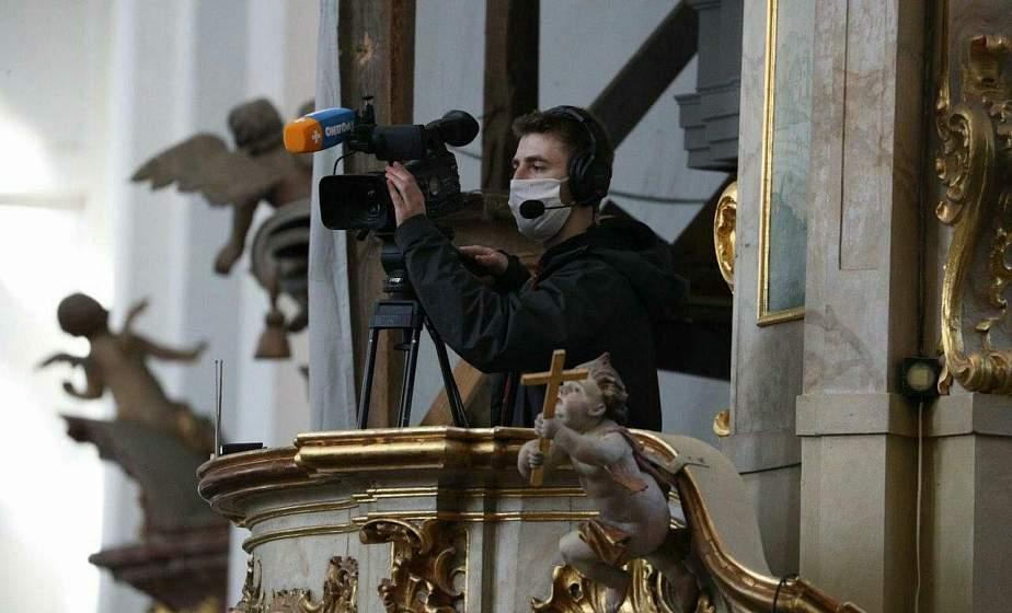 Воскресные богослужения из Фарного костела будут транслировать в прямом эфире