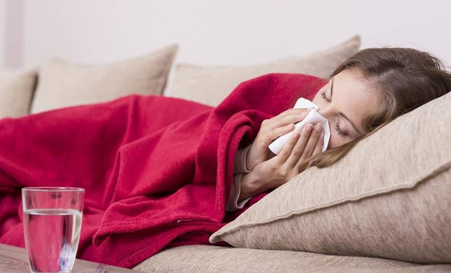 Атака на вирус. Правила домашнего лечения COVID-19: как не пропустить ухудшение состояния