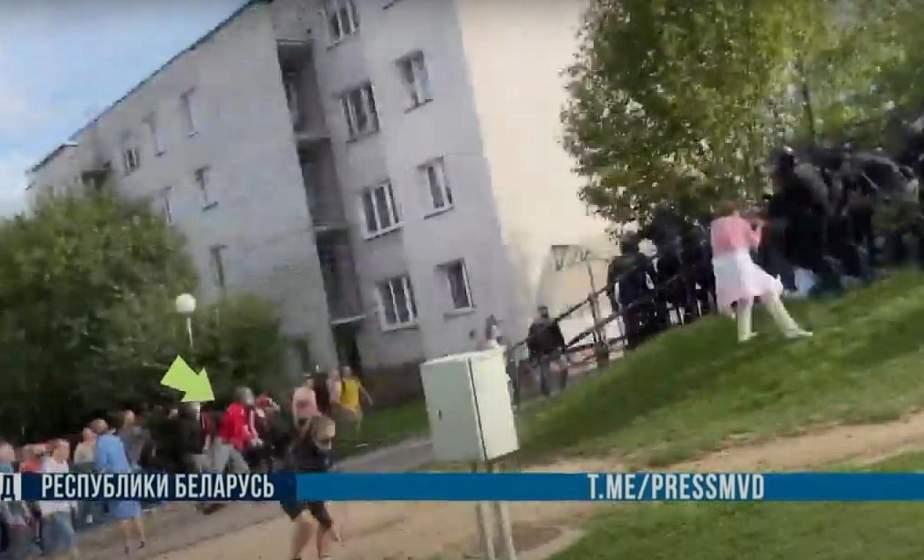 В Гродно во время несанкционированной акции школьник бросал камни в ОМОН. Возбуждено уголовное дело