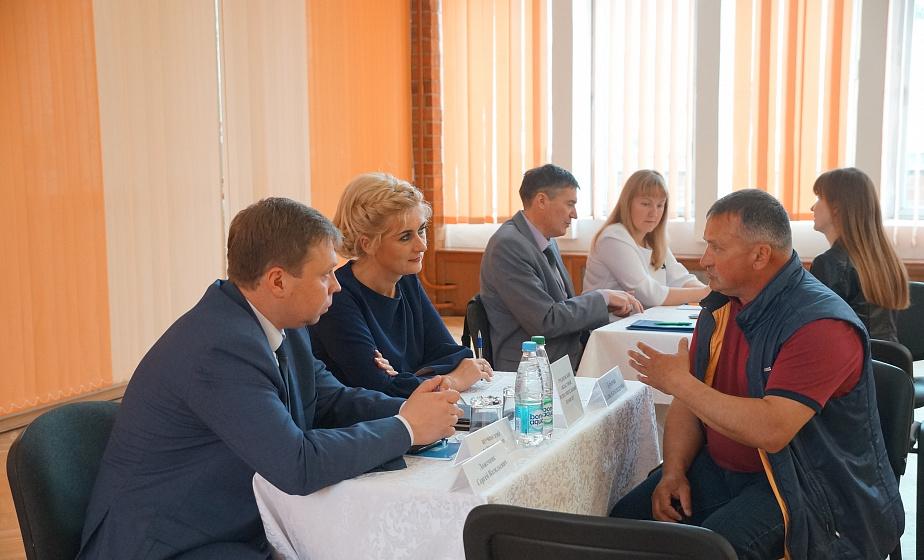 Выездная открытая приемная для представителей бизнеса прошла в Щучине