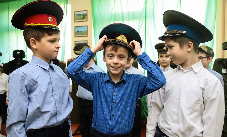 В средней школе №22 Гродно действует музейная комната, посвященная 100-летию Вооруженных Сил Республики Беларусь