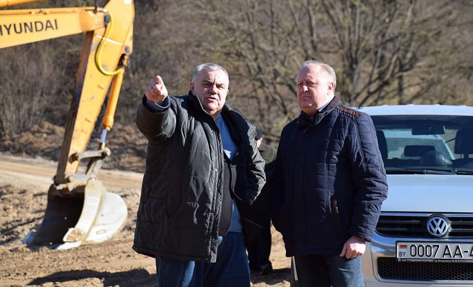 «Кольцевая дорога вокруг Гродно создаст комфортные условия жителям». На новом автомобильном мосту проводятся завершающие работы перед асфальтированием