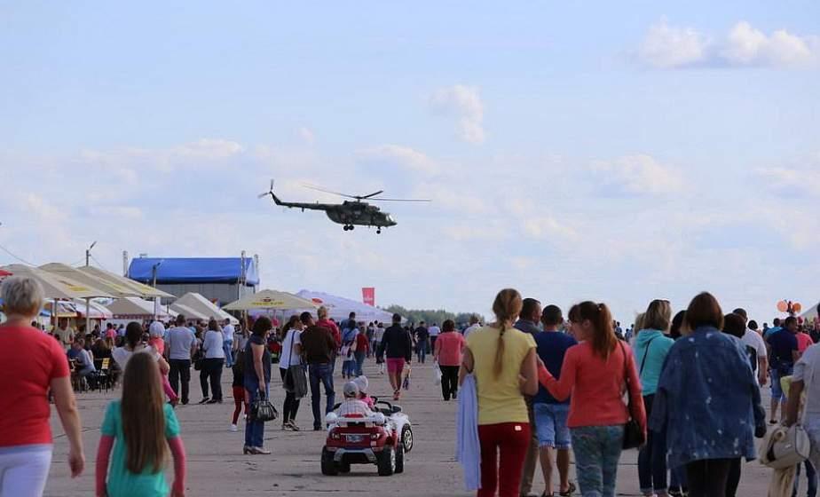 Показательные полеты, звездный концерт и фейерверк. Авиационно-спортивный праздник в Щучине пройдет 22 августа