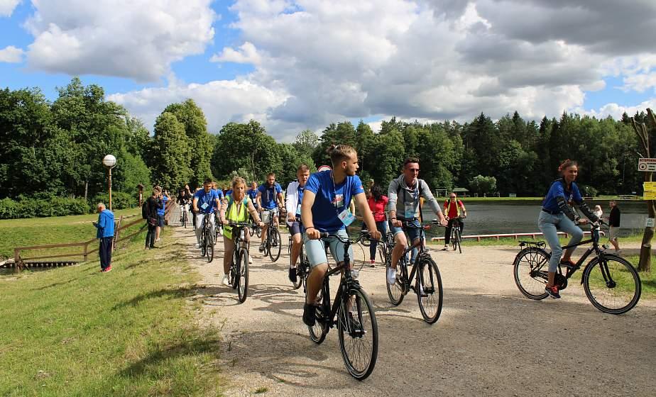 На велосипедах, и на теплоходе. Участники проекта «Поезд «#Беларусь. Моладзь. Натхненне» побывали на Августовском канале и Гродненском укрепрайоне