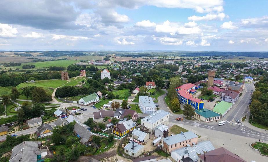 В Новогрудке начал работу XV Республиканский экологический форум. Сегодня на улицах города заработает «умный свет»