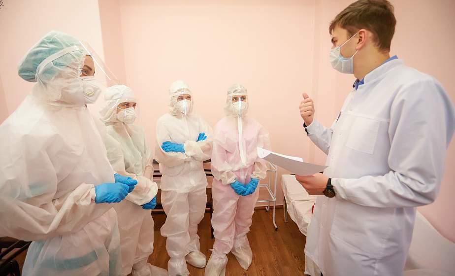 «Красная зона» как тренировочный штаб. В Гродненском медицинском университете создали симуляционный центр, имитирующий «красную зону»