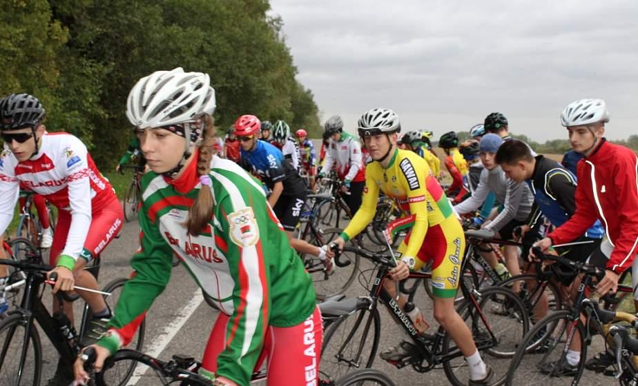 В Гродно и его окрестностях стартовало открытое первенство области по велоспорту среди юношей и девушек 2005-2006 годов рождения