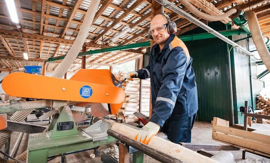 Стоимость пиломатериалов и деловой древесины на внутреннем рынке начала снижаться
