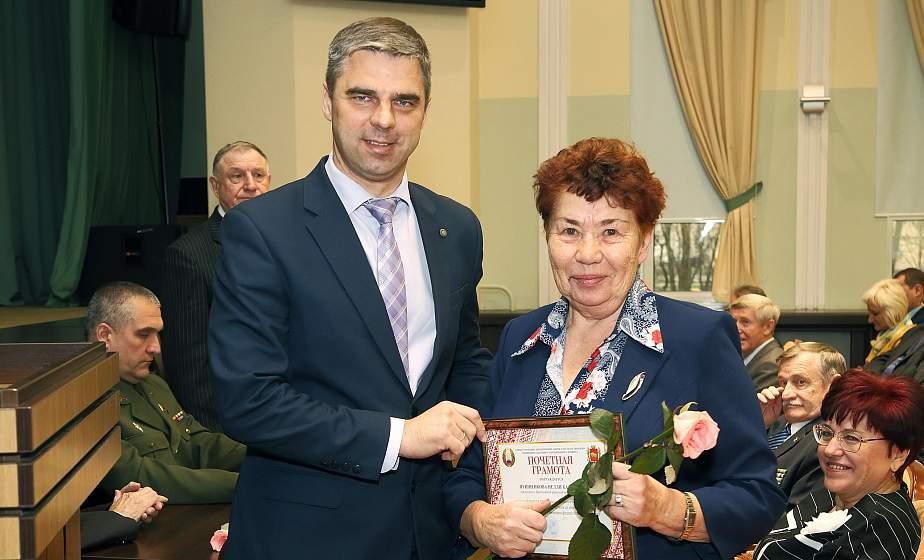 «Важно, чтобы каждый получал должное внимание». В Гродно прошел пленум Гродненского областного совета ветеранов