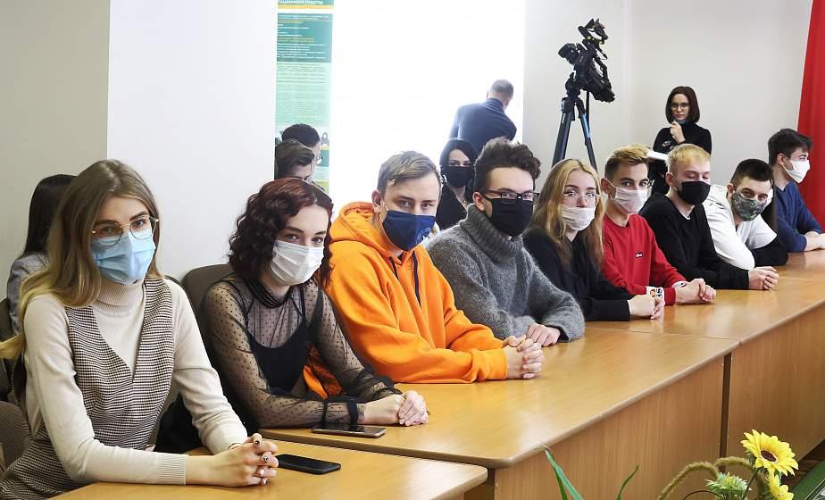 Важен голос молодежи. Участники Всебелорусского народного собрания от БРСМ встретились со студентами гродненских вузов